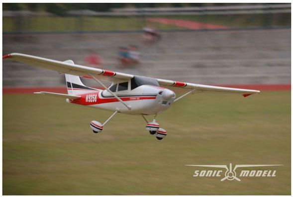 Sonic-Modell Cessna 182 SkyLane V1 2.4GHz RTF (rozpiętość 140cm, klasa 500, silnik bezszczotkowy, regulator 30A) (SM/3356) 1