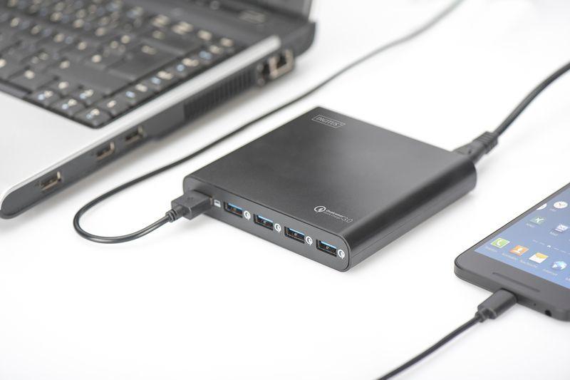 Ładowarka Digitus Uniwersalna podróżna ładowarka USB (DA-10193) 1