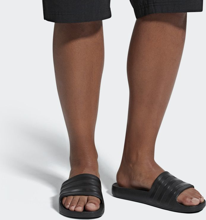 Adidas Klapki męskie Adilette Aqua czarne r. 38 (F35550) 1