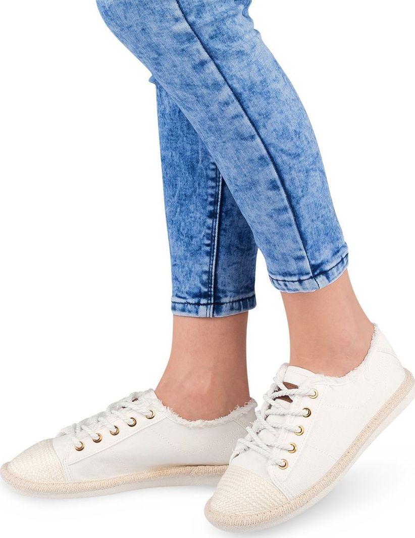 IDEAL SHOES Trampki damskie Ideal Shoes X 9716 Białe 41 ID produktu: 6092831