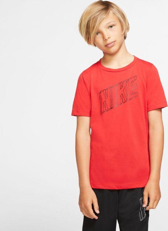 Nike Koszulka chłopięca B Nk Brthe Gfx Ss Top czerwona r. M (BV3804 657) 1