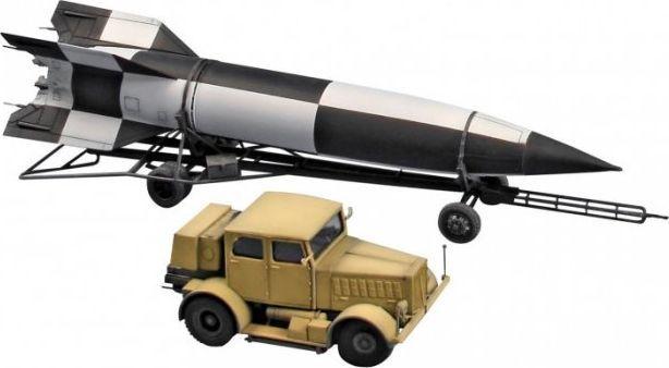 Revell Model plastikowy SS-100 Gigant+Transporter +V2 1
