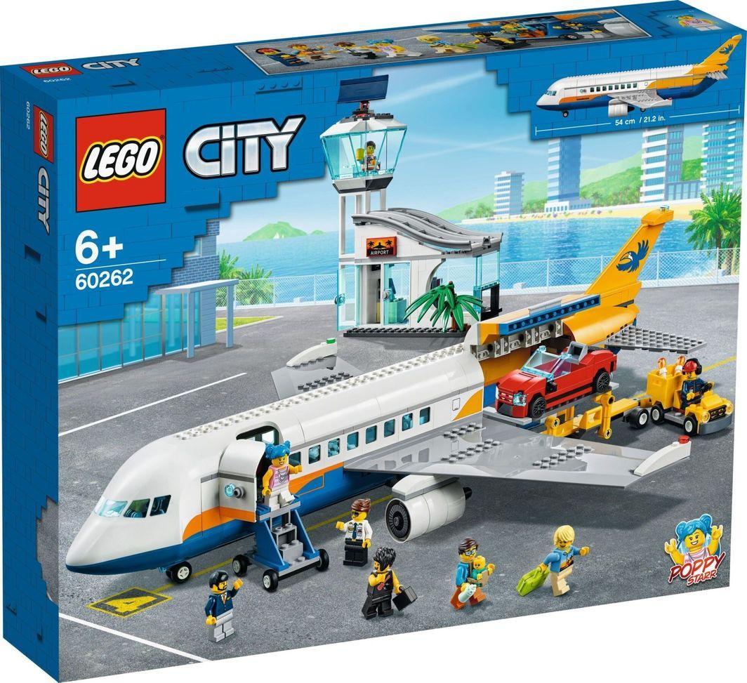 LEGO City Samolot pasażerski (60262) 1