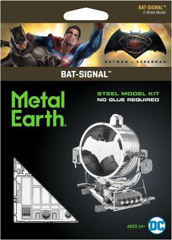 Metal Earth Metal Earth, Batman v Superman Sygnalizator Bat-Signal model do składania metalowy. 1