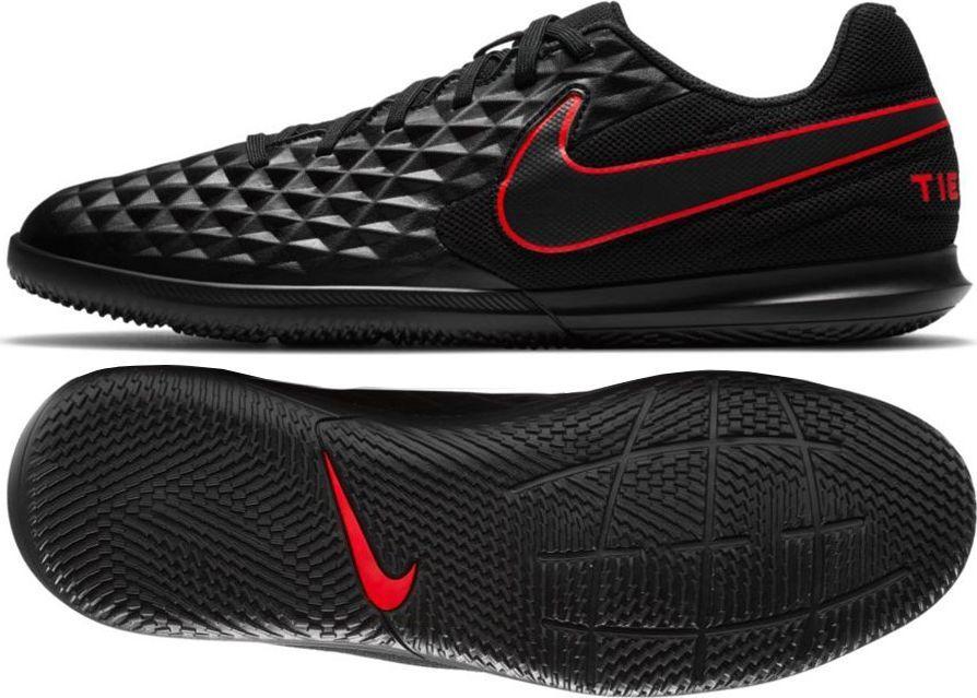 Nike Buty piłkarskie Nike Tiempo Legend 8 Club IC M AT6110 40,5 1