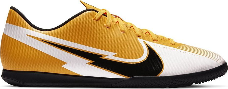 Nike Buty piłkarskie Nike Mercurial Vapor 13 Club IC AT7997 801 : Rozmiar - 43 1