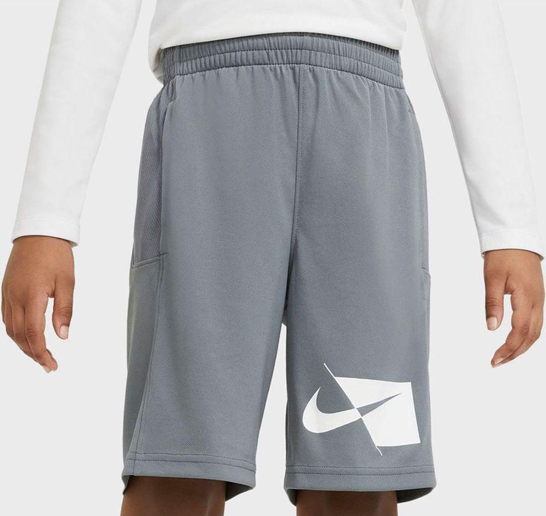Nike Nike JR Dri-FIT spodenki 084 : Rozmiar - M ( 137 - 147 ) 1
