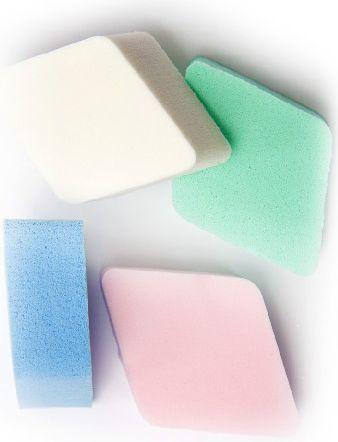 Donegal GĄBKA KOSMETYCZNA do makijażu kolorowe romby (4306) 4szt 1