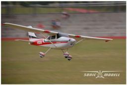 Sonic-Modell Cessna 182 SkyLane V1 2.4GHz RTF (rozpiętość 140cm, klasa 500, silnik bezszczotkowy, regulator 30A) (SM/3356)