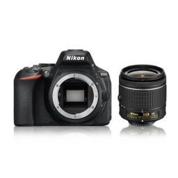 Lustrzanka Nikon D5600 + 18-55mm VR