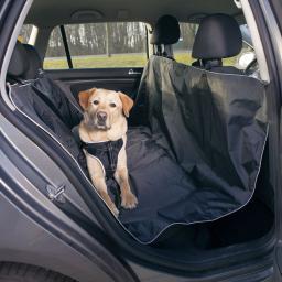 Trixie Mata do samochodu 1.45 × 1.60 cm czarna