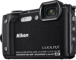 Aparat cyfrowy Nikon Coolpix W300 Czarny Holiday Kit z plecakiem (VQA070K001)