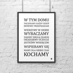 DekoSign Plakat dekoracyjny 50x70 cm W TYM DOMU... biało-czarny (DS-PL15-0)