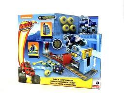 Mattel Blaze Warsztat ze skocznią (FHV41)