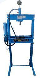 GEKO Prasa hydrauliczno-pneumatyczna z manometrem 20T (G02092)