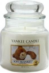Yankee Candle Classic Medium Jar świeca zapachowa Soft Blanket 411g
