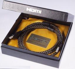 HDMI - HDMI 1.8m Czarny (HDMI-HDMI 1,8m Gold PremiumGiftbox)