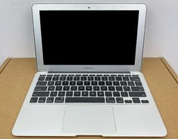 Laptop Apple (A) Notebook Apple Macbook Air A1370 / i5 - 2467M / 4GB / 128GB SSD / 11,6 / HD / Mid 2011 / Klasa A uniwersalny