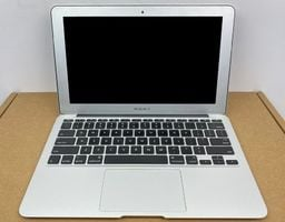 Laptop Apple (A) Notebook Apple Macbook Air A1370 / i7 - 2677M / 4GB / 256GB SSD / 11,6 / HD / Mid 2011 / Klasa A uniwersalny