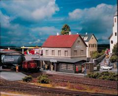 Piko Stacja kolejowa - (61820)