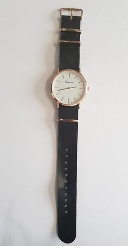 Zegarek GSM City Damski 22627 Classic czarny