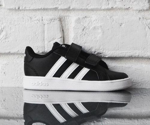 Adidas Buty dziecięce Grand Court I czarne r. 23.5 (EF0117)