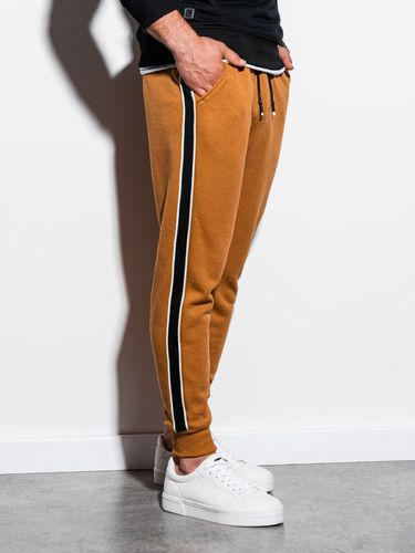Ombre Spodnie męskie dresowe P898 - camel XL