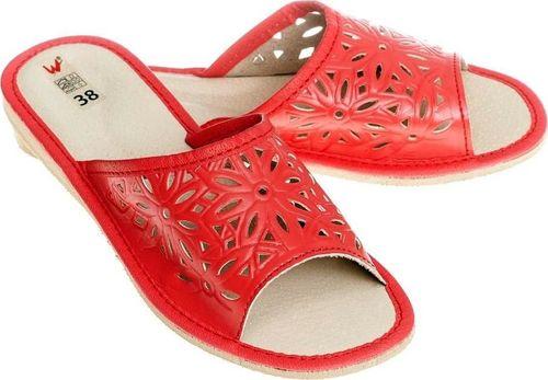 Wójciak Przewiewne damskie pantofle z ażurowym wzorem pw077 czerwony 36