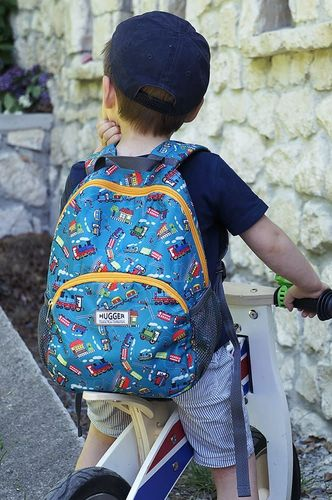 Hugger Plecak dla chłopca Hugger, Totty Tripper Medium, wiek 4-8 lat, wzór Choo Choo