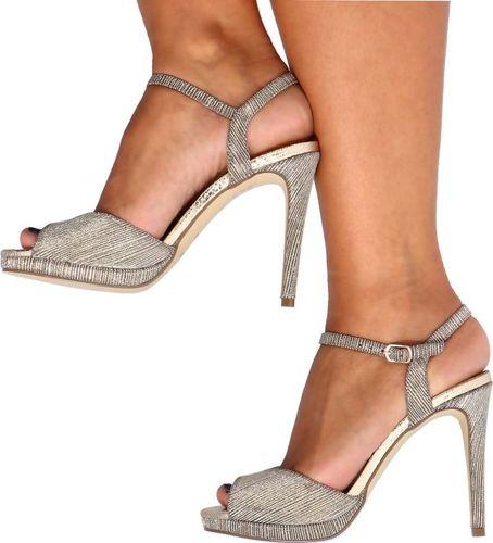 Menbur MENBUR 22053 ZŁOTE - Błyszczące sandały z podsuwką 35