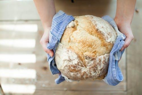 Domowy chleb z piekarnika - jak go zrobić?