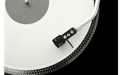 Jaki gramofon do 1000 zł wybrać? Na co zwrócić uwagę?