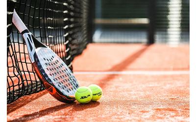 Jak wybrać rakietę do tenisa ziemnego? Która będzie najlepsza?