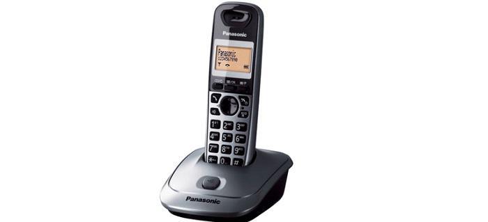 Jaki telefon stacjonarny dla seniora wybrać? Ranking 2021