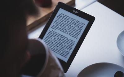 Jaki czytnik ebook? Najlepsze czytniki książek