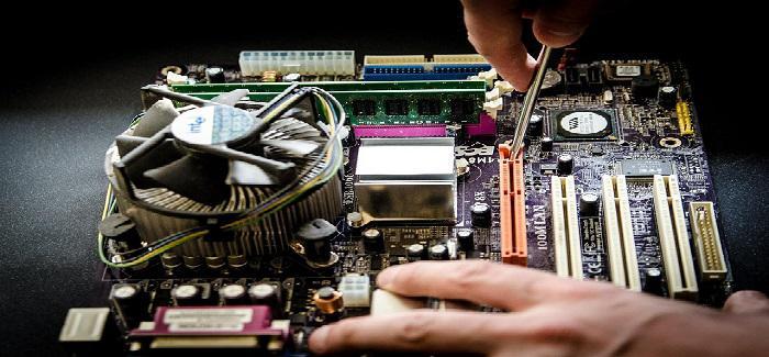 Morele składanie komputera